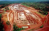 Mina de Ouro do igarapé Bahia da CVRD em Carajás no estado do Pará, Brasil<br />Foto© Paulo Santos/ Interfoto <br />1998 Mina de ouro do igarapé Bahia