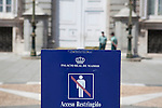 A sign in front of the `Palacio Real de Madrid´ Madrid´s Royal Palace announces the restricted access to the building with a couple of Guardia Civil agents in the door, in Madrid, Spain. Today, King Juan Carlos of Spain made a public announcement of his abdication will, his son, Prince Felipe of Spain, will become Spain´s king after the official ceremony. June 02, 2013. (ALTERPHOTOS/Victor Blanco)
