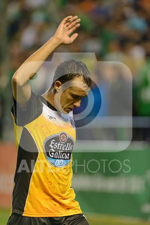 Sevilla, España, 15 de octubre de 2014: David Lopez indicando que sacara el el corner durante el partido entre Real Betis y Lugo correspondiente a la jornada 5 de la Copa del Rey 2014-2015 celebrado en el estadio Benito Villamarain de Sevilla.