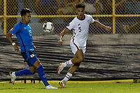 SAN SALVADOR, EL SALVADOR - SEPTEMBER 2: Antonee Robinson of the United States passes the ball during a game between El Salvador and USMNT at Estadio Cuscatlán on September 2, 2021 in San Salvador, El Salvador.