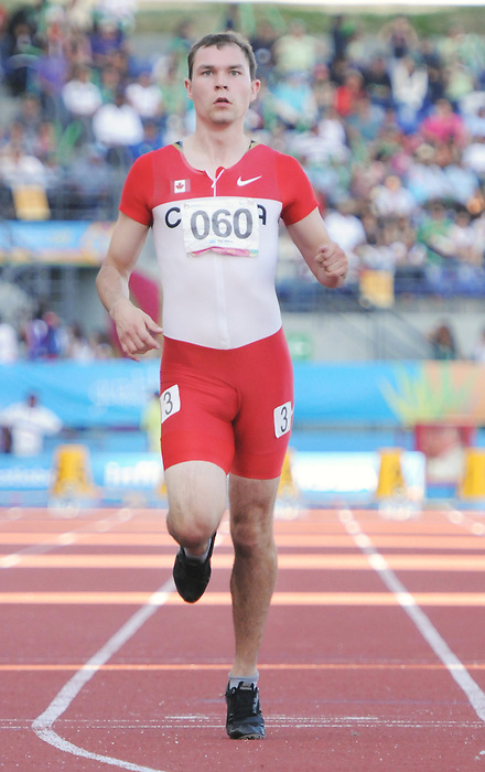 Kyle Whitehouse, Guadalajara 2011 - Para Athletics // Para-athlétisme.<br /> Kyle Whitehouse races in the 100m T38 heats // Kyle Whitehouse dans les manches du 100m T38. 11/14/2011.