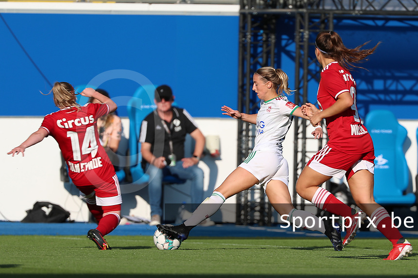 Zoe Van Eynde (14) of Standard and Charlotte Cranshoff (18) of OHL in action during a female soccer game between Oud Heverlee Leuven and Standard Femina de Liege on the third matchday of the 2021 - 2022 season of Belgian Womens Super League , Sunday 5 th of September 2021  in Leuven , Belgium . PHOTO SPORTPIX.BE | SEVIL OKTEM
