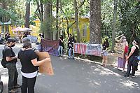 Campinas (SP), 12/10/2020 - PROTESTO-SP - Protesto contra a morte do leão Lineu divulgado nas ultimas semana no bosque dos Jequitibas em Campinas, interior de São Paulo, neste domingo (12). Lineu morreu no dia 10 de junho, mas a morte não foi informada na época, nem notada já que o parque estava fechado para visitação por causa da pandemia. Recentemente aberto, os visitantes começaram a observar e questionar a ausência do felino.