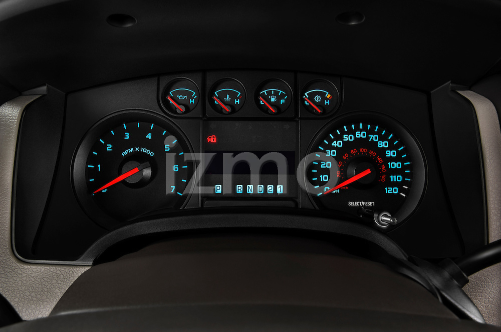 Instrument panel close up detail view of a 2009 Ford F150 XL Super Cab