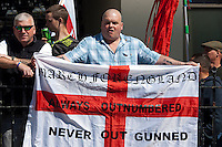 *EDL/MFE outnumbered in Brighton 22-4-12*
