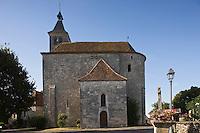 Europe/France/Midi-Pyrénées/46/Lot/Lunegarde: l'église Saint-Julien-de-Brioude
