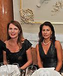 SONIA RAULE E ANNA COLIVA<br /> CHARITY DINNER VILLA LETIZIA 2009 ORGANIZZATO DA EMMA BONINO