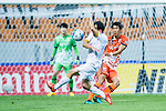 Jeju United Defender Kim Wonil (R) fights for the ball with Adelaide United Forward Sergio Cirio (L) during the AFC Champions League 2017 Group Stage - Group H match between Jeju United FC (KOR) vs Adelaide United (AUS) at the Jeju World Cup Stadium on 11 April 2017 in Jeju, South Korea. Photo by Marcio Rodrigo Machado / Power Sport Images