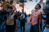 Defending champion Tom Dumoulin (NED/Sunweb) experiencing cramps after fiishing 2nd to Rohan Dennis<br /> <br /> MEN ELITE INDIVIDUAL TIME TRIAL<br /> Hall-Wattens to Innsbruck: 52.5 km<br /> <br /> UCI 2018 Road World Championships<br /> Innsbruck - Tirol / Austria