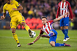 Saul Niguez Esclapez of Atletico de Madrid competes for the ball with Christian Noboa of FC Rostov during their 2016-17 UEFA Champions League match between Atletico Madrid and FC Rostov at the Vicente Calderon Stadium on 01 November 2016 in Madrid, Spain. Photo by Diego Gonzalez Souto / Power Sport Images