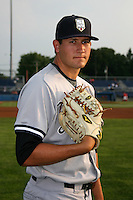 August 15, 2009:  Pitcher Gavin Brooks of the Staten Island Yankees before a game at Dwyer Stadium in Batavia, NY.  Staten Island is the Short-Season Class-A affiliate of the New York Yankees.  Photo By Mike Janes/Four Seam Images