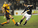 11/02/2008    Copyright Pic: James Stewart.File Name : sct_jspa04_motherwell_v_dundee.STEPHEN CRAIGAN AND GAVIN SWANKIE CHALLENGE.James Stewart Photo Agency 19 Carronlea Drive, Falkirk. FK2 8DN      Vat Reg No. 607 6932 25.Studio      : +44 (0)1324 611191 .Mobile      : +44 (0)7721 416997.E-mail  :  jim@jspa.co.uk.If you require further information then contact Jim Stewart on any of the numbers above........
