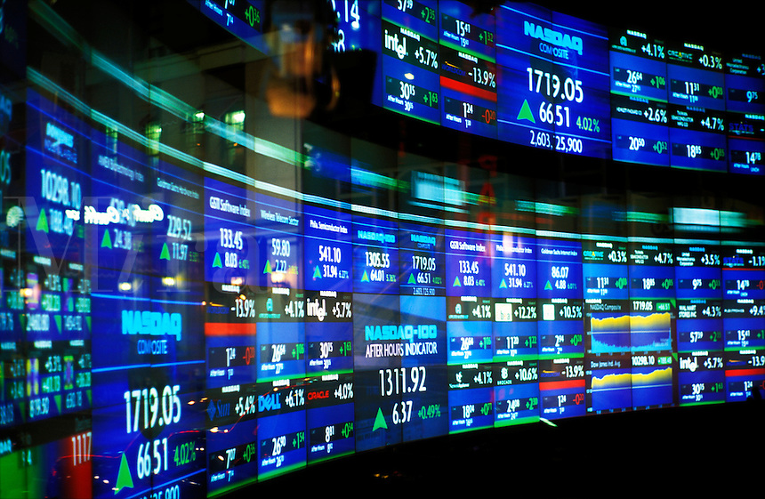 USA, New York, New York, NASDAQ reader board..NO PROPERTY RELEASE