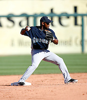 Callix Crabbe -  Seattle Mariners - 2009 spring training.Photo by:  Bill Mitchell/Four Seam Images