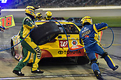 Monster Energy NASCAR Cup Series<br /> Go Bowling 400<br /> Kansas Speedway, Kansas City, KS USA<br /> Saturday 13 May 2017<br /> Kyle Busch, Joe Gibbs Racing, M&M's Red Nose Toyota Camry pit stop<br /> World Copyright: Nigel Kinrade<br /> LAT Images<br /> ref: Digital Image 17KAN1nk09908