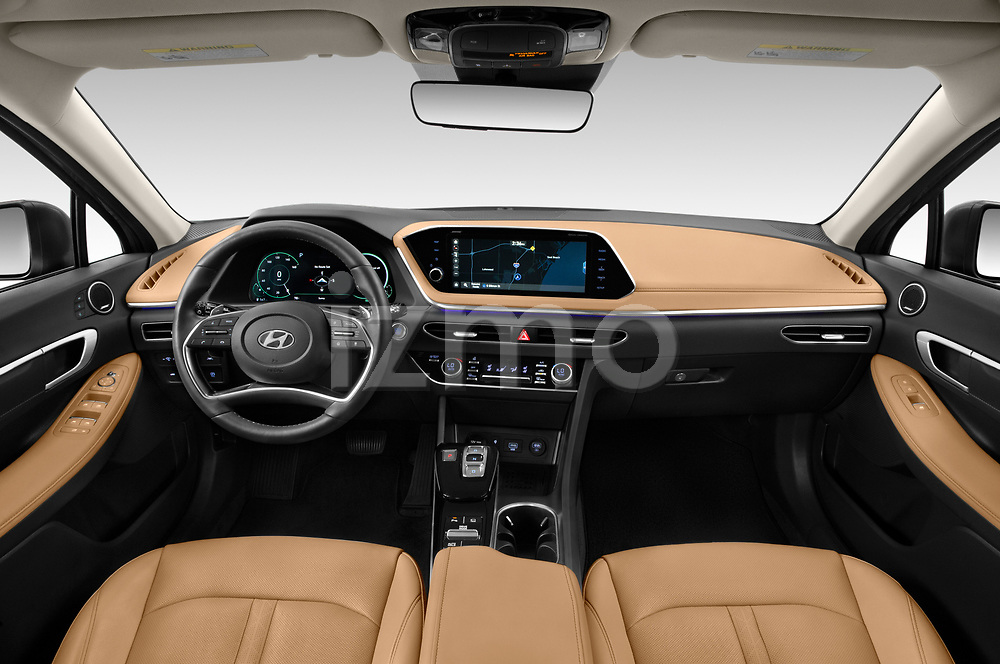 Stock photo of straight dashboard view of 2020 Hyundai Sonata-Hybrid Limited 4 Door Sedan Dashboard