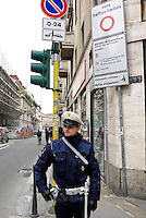 milano, quartiere sarpi - chinatown. primo giorno di zona a traffico limitato (ztl) in via paolo sarpi --- milan, sarpi district - chinatown. the first day of closing to traffic in paolo sarpi street.