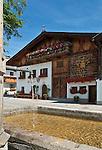 Austria, Tyrol, Innsbruck Holiday Village: Mutters - village centre | Oesterreich, Tirol, Innsbrucks Feriendorf: Mutters am Eingang des Stubaitals - Ortszentrum