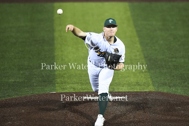 Tulane baseball falls to Southeastern Louisiana,  13-12, at Greer Field at Turchin Stadium.