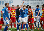 St Johnstone v Partick Thistle....17.10.15  SPFL     McDiarmid Park, Perth<br /> Liam Craig appeals to the linesman for a penalty as Abdul Osman is sent off for handball<br /> Picture by Graeme Hart.<br /> Copyright Perthshire Picture Agency<br /> Tel: 01738 623350  Mobile: 07990 594431