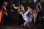 INSIDE<br /> <br /> Chorégraphie Christine Coudun<br /> Assistant chorégraphe : Lowriz Vo<br /> Avec : Emilie Schram, Laeticia Ponce, Simone (Saym) Sitiphone, François Kaleka,  Adilson Horta de Sousa, Iffra Dia, Mathieu Raguel, Lowriz Trung Ngon Vo<br /> Conception musicale : Christine Coudun et Lowriz Vo<br /> Création lumières : Laurent Vérité<br /> Costumes : Lowriz Vo<br /> Compagnie : Black Blanc Beur<br /> Cadre : <br /> Date : 11/03/2016<br /> Lieu : Auditorium du Théâtre de Chelles<br /> © Laurent Paillier / photosdedanse.com