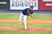 Asheville Tourists pitcher Jose Alberto Rivera (28) delivers a pitch during a game against the Brooklyn Cyclones on May 8, 2021 at McCormick Field in Asheville, NC. (Tony Farlow/Four Seam Images)