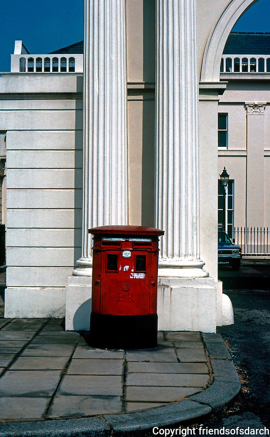 London: Postbox, Cumberland Terrace.  Photo '79.