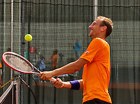 Austria, Kitzbuhel, Juli 14, 2015, Tennis, Davis Cup, Training Dutch team, Thiemo de Bakker enjoys himself<br /> Photo: Tennisimages/Henk Koster
