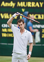 27-6-09, England, London, Wimbledon, Andy Murray thanks the crowd