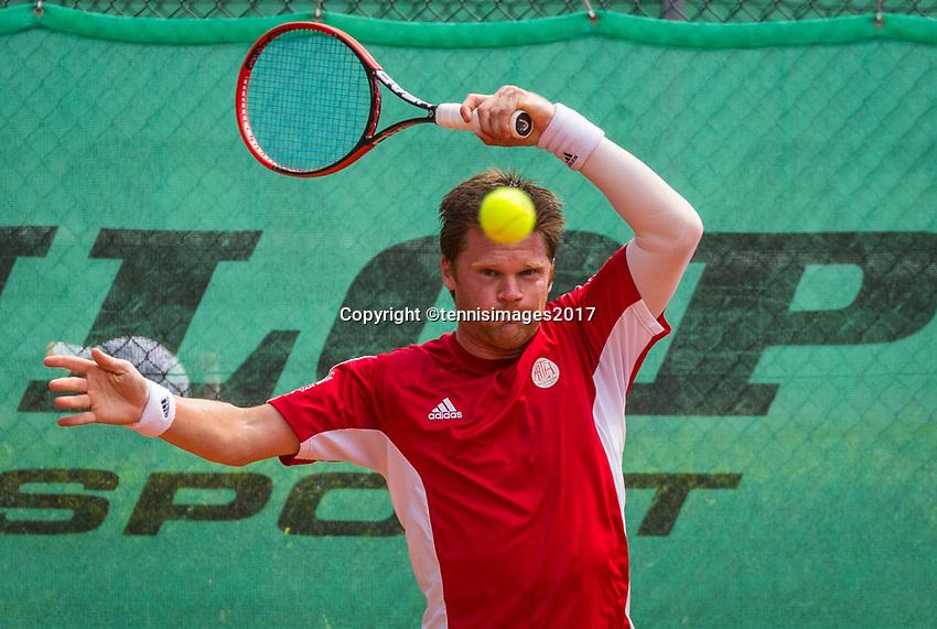 The Hague, Netherlands, 11 June, 2017, Tennis, Play-Offs Competition, Nick van der Meer, Egeria Alta<br /> Photo: Henk Koster/tennisimages.com