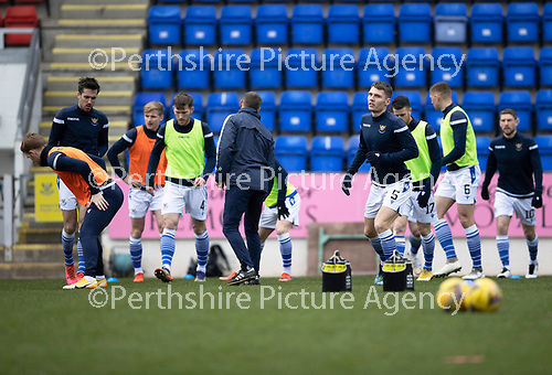 St Johnstone v Hibs …06.03.21   McDiarmid Park   SPFL<br />Jason Kerr leads the payers during the pre-match warm up<br />Picture by Graeme Hart.<br />Copyright Perthshire Picture Agency<br />Tel: 01738 623350  Mobile: 07990 594431
