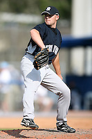 February 25, 2009:  Pitcher Michael Dunn (85) of the New York Yankees during a Spring Training game at Dunedin Stadium in Dunedin, FL.  The New York Yankees defeated the Toronto Blue Jays 6-1.   Photo by:  Mike Janes/Four Seam Images