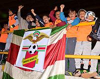 TUNJA - COLOMBIA, 28-09-2018: Los Hinchas de Patriotas FC, animan a su equipo durante partido entre Patriotas F. C. y Deportivo Independiente Medellín, de la fecha 12 por la Liga de Aguila II 2018  en el estadio La Independencia en la ciudad de Tunja. / The fans of Patriotas F. C., cheer for their team during a match between Patriotas F. C. and Deportivo Independiente Medellin, of the 12th date for the Liga de Aguila II 2018 at La Independencia stadium in Tunja city. Photo: VizzorImage  /  José Miguel Palencia / Cont.