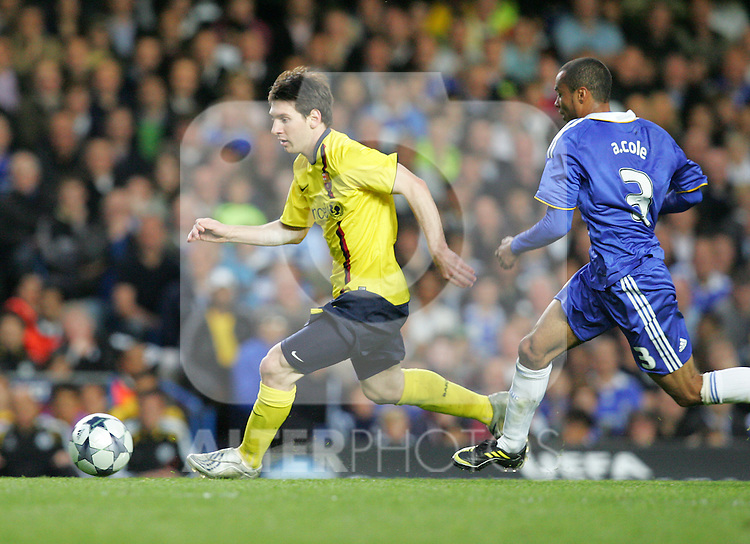 Lionel Messi of Barcelona takes on Ashey Cole of Chelsea during the UEFA Champions League Semi Final Second Leg match between Chelsea and Barcelona at Stamford Bridge on May 6, 2009 in London, England.