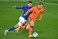 Jorginho Jorge Luis Frello Filho of Italy and Frenkie de Jong of Netherlands compete for the ball during the Uefa Nation A League Group 1 football match between Italy and Netherlands at Atleti azzurri d Italia Stadium in Bergamo (Italy), October, 14, 2020. Photo Andrea Staccioli / Insidefoto