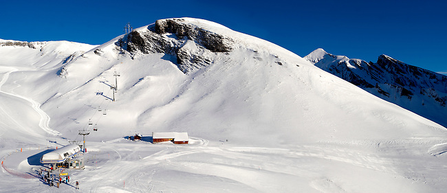 Ski lift in the winter Snow in the mountains near Grindelwald First - Swiss Alps - Switzerland
