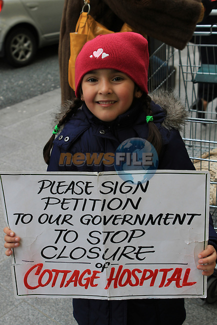 Aisha Gabie as people sign the Petition against The Closure of the Cottage Hospital, Drogheda...(Photo credit should read Jenny Matthews www.newsfile.ie)....This Picture has been sent you under the conditions enclosed by:.Newsfile Ltd..The Studio,.Millmount Abbey,.Drogheda,.Co Meath..Ireland..Tel: +353(0)41-9871240.Fax: +353(0)41-9871260.GSM: +353(0)86-2500958.email: pictures@newsfile.ie.www.newsfile.ie.