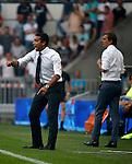 Nederland, Eindhoven, 30 augustus 2015<br /> Eredivisie<br /> Seizoen 2015-2016<br /> PSV-Feyenoord<br /> Giovanni van Bronckhorst, trainer-coach van Feyenoord geeft aanwijzingen. Rechts Phillip Cocu, trainer-coach van PSV.