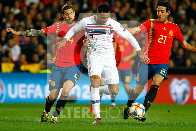 Spain's Inigo Martinez, Norway's Joshua King and Spain's Daniel Parejo during the Qualifiers - Group F to Euro 2020 football match between Spain and Norway on 23th March, 2019 in Valencia, Spain. (ALTERPHOTOS/Manu R.B.)