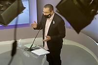 Campinas (SP), 01/10/2020 - Eleições/Debate - Nove candidatos a prefeito de Campinas (SP) se enfrentam nesta quinta-feira (01) no primeiro debate promovido pela Band. Alessandra Ribeiro (PCdoB), André Von Zuben (Cidadania), Artur Orsi (PSD), Dário Saadi (Republicanos), Delegada Teresinha (PTB), Dr. Hélio (PDT), Rafa Zimbaldi (PL), Pedro Tourinho (PT) e Wilson Matos (Patriota) irão apresentar suas propostas e serão confrontados pelos seus adversários. Esse grupo integra os partidos que têm cinco representantes no Congresso Nacional.<br /> Na foto: Rafa Zimbaldi - PL