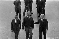 Le  1er vol d'essai du Concorde-<br /> Aérogare Blagnac ,Toulouse, France,<br />  2 mars 1969<br /> <br /> 'André Turcat (directeur des essais en vol de Sud Aviation et pilote du 1er vol d'essai) entouré des dirigeants de Sud Aviation et de la British Aircraft Corporation, à droite Henri Ziegler (Président de Sud Aviation et responsable du projet Concorde).