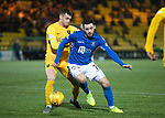 Livingston v St Johnstone…..22.01.20   Toni Macaroni Arena   SPFL<br />Drey Wright turns Jack McMillan<br />Picture by Graeme Hart.<br />Copyright Perthshire Picture Agency<br />Tel: 01738 623350  Mobile: 07990 594431