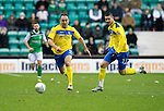 Hibs v St Johnstone...21.01.12.Lee Croft and Marcus Haber break away..Picture by Graeme Hart..Copyright Perthshire Picture Agency.Tel: 01738 623350  Mobile: 07990 594431