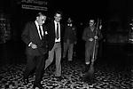 ARISTOTELE ONASSIS<br /> DURANTE UN GIRO NOTTURNO NEI PRESSI DEL GRAND HOTEL ROMA 1970