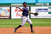 Lake County Captains shortstop Willi Castro (6) throws to first base during a Midwest League game against the Wisconsin Timber Rattlers on July 24, 2016 at Fox Cities Stadium in Appleton, Wisconsin. Lake County defeated Wisconsin 6-2. (Brad Krause/Four Seam Images)