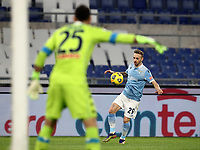 Calcio, Serie A: S.S.Lazio - Napoli, Olympic stadium, Rome, December 20, 2020. <br /> Lazio's Manuel Lazzari (r) in action with Napoli's goalkeeper David Ospina (l) during the Italian Serie A football match between Lazio and Napoli at the Olympic stadium, on December 20, 2020.<br /> UPDATE IMAGES PRESS/Isabella Bonotto