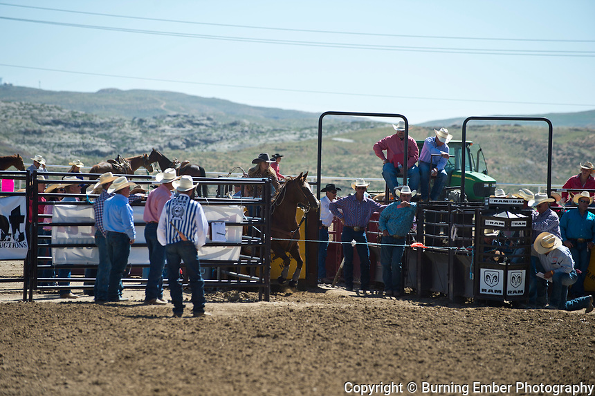 Sheyenne Jacobson in the Breakaway event at the Wyoming State High School Finals Rodeo in Rock Springs Wyoming.  Photo by Josh Homer/Burning Ember Photography.  Photo credit must be given on all uses.