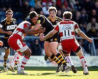 Photo: Richard Lane/Richard Lane Photography. London Wasps v Gloucester Rugby. Aviva Premiership. 01/04/2012. Wasps' Tom Lindsay attacks.