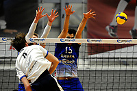 24-03-2021: Volleybal: Amysoft Lycurgus v Sliedrecht Sport: Groningen , Sliedrecht speler Martijn de Haan slaat de bal langs Lycurgus speler Hossein Ghanbari