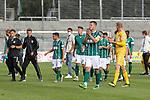 19.09.2020, Dietmar-Scholze-Stadion an der Lohmuehle, Luebeck, GER, 3. Liga, VfB Luebeck vs 1.FC Saarbruecken <br /> <br /> im Bild / picture shows <br /> Endstand 1:1 Tommy Grupe (VfB Luebeck) bedankt sich bei den Fans<br /> <br /> DFB REGULATIONS PROHIBIT ANY USE OF PHOTOGRAPHS AS IMAGE SEQUENCES AND/OR QUASI-VIDEO.<br /> <br /> Foto © nordphoto / Tauchnitz